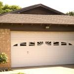 garagedoors_3decorativewindows